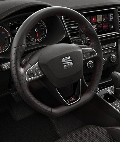 Nouvelle SEAT Leon 5 portes VOLANT EN CUIR